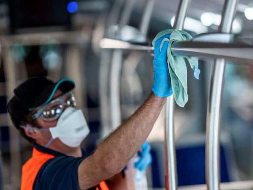Die VZO-Busse werden desinfiziert wie eine Arztpraxis. Bild: VZO