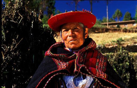 Menschen in den Anden - ob jung oder alt, ein charmantes Lächeln ist Ihnen sicher!