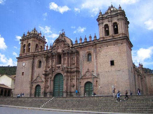 Durch die Altstadt von Cusco mit PERUline