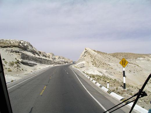 Mietwagentouren in Peru mit PERUline