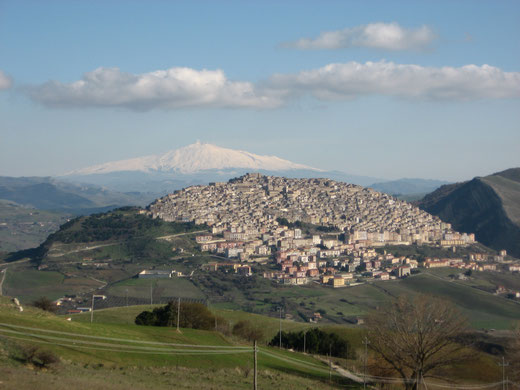 Gangi, Foto: Lovecchio Laura (keine Änderungen vorgenommen), für Lizenz aufs Foto klicken