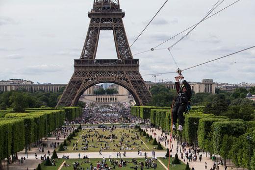 questions Tour Eiffel