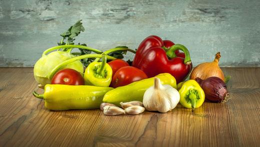 Gemüse gemischt auf dem Tisch