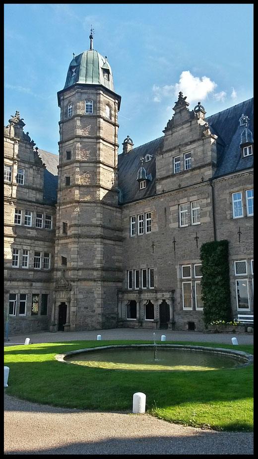 Höhepunkt der Weserrenaissance: Schloss Hämelschenburg