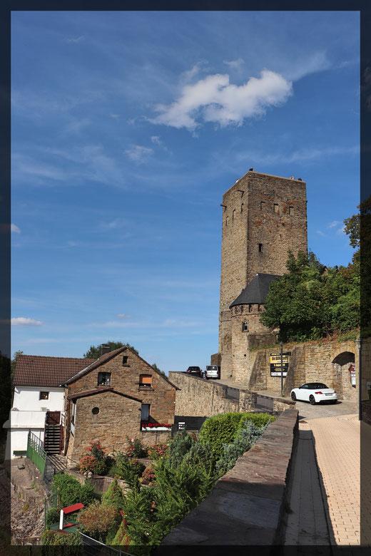 Zugang zur Burgruine Blankenstein