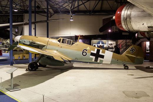 Il Messerschmitt BF109-G2  nella precedente location del museo RAF di Hendon