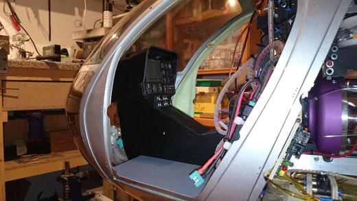 Vario Hughes 500 E Instrumentenpilz Cockpit