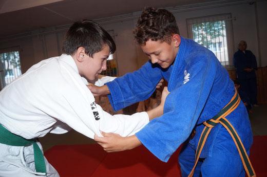 Linus Winkler und Bruno Lau beim Trainingswettkampf. Foto: Alpha-Report