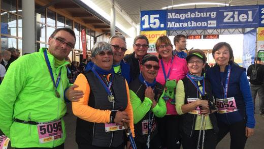 Die Herrenkrug-Frösche im Ziel des Magdeburg-Marathons. Foto: Alpha-Report