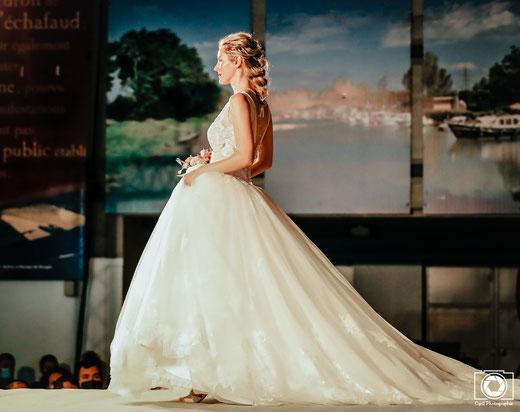 Photo prise lors du défilé du salon du mariage à Montauban.