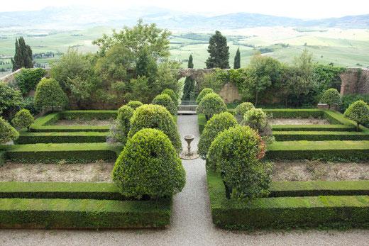 Der Privatgarten des Palazzo Piccolomini, der erste Dachgarten der Renaissance