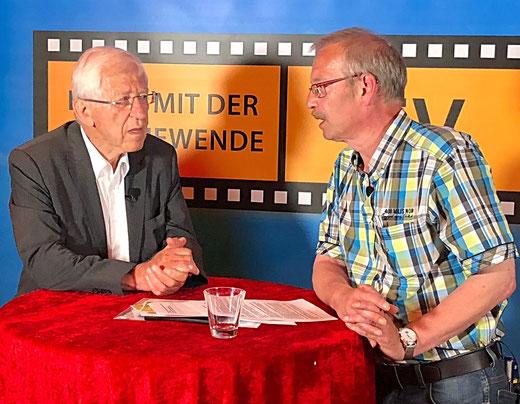 Leben mit der Energiewende TV: Dr. Franz Alt und LEW-Moderator Thomas Link am 7. Juni 2018 in Baden-Baden.