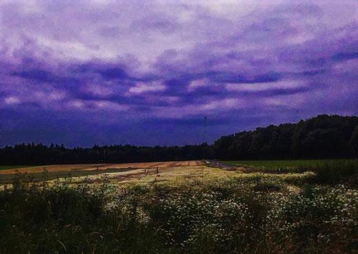 Leben mit der Energiewende TV - Gewitterwolken bei Rehborn