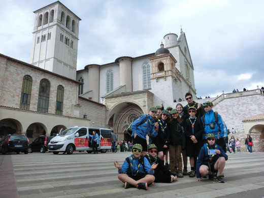 Il CDA davanti alla basilica di S.Francesco