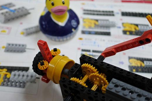 ヒューマンアカデミーロボット教室大分高城校では、ロボットが問題なく動くよりも動かなかった時の方が多くの事を学べると考えています