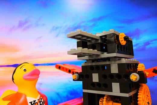 ヒューマンアカデミーロボット教室@スタディPCネット大分高城校1月の課題ロボットは「ロボダック」