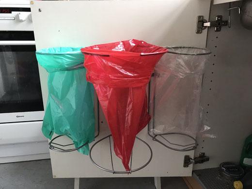 Affalsstativ/ affaldsstativer til køkken til affaldssortering, med 3 affaldsstativer
