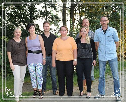 Die Gründungsmitglieder des Shotokan Karate Stade v. l.: Friederike Zeifang, Traute Troost, Carsten Zeifang, Susanne Merdanaj, Meike Möller, Sven Zeifang und Stefan Troost
