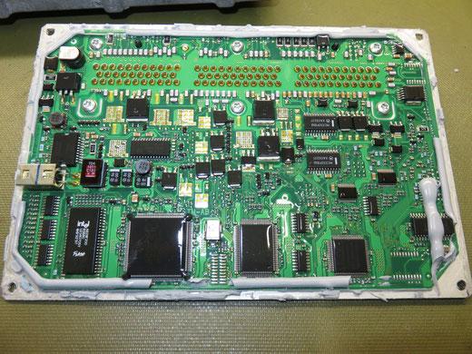JEEP TJラングラー PCM ECU修理