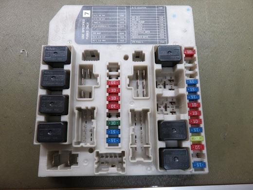 ニッサン セレナ C25 IPDM ACリレー(コンプレッサーリレー)交換