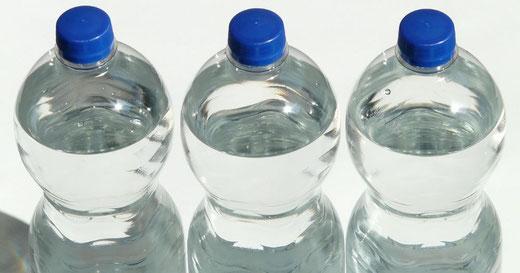 Wasseraufbereitung, Enthärtungsanlagen und Entkalkung von Kern Wassertechnik in Mömbris / Importiertes Mineralwasser in Einwegflaschen: Deutsche Umwelthilfe kritisiert Nestlé und Danone Waters für ökologischen Irrsinn