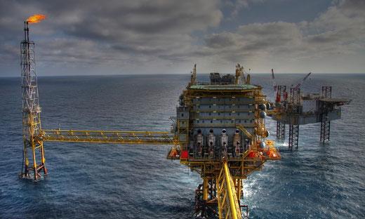Wasseraufbereitung, Enthärtungsanlagen und Entkalkung von Kern Wassertechnik in Mömbris / Greenpeace: Shell will alte Plattformen mit 11.000 Tonnen Öl in der Nordsee verrotten lassen