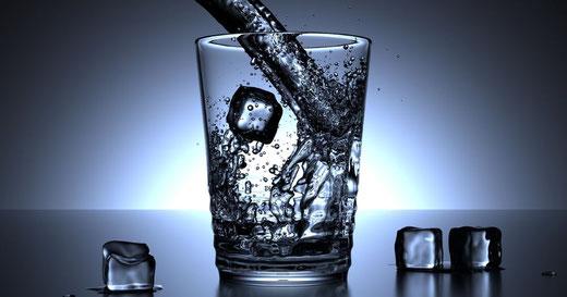Wasseraufbereitung, Enthärtungsanlagen und Entkalkung von Kern Wassertechnik in Mömbris / Zahl der Woche / Nur 0,2 Cent kostet in Deutschland ein Liter Trinkwasser