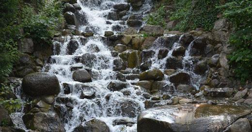 Wasseraufbereitung, Enthärtungsanlagen und Entkalkung von Kern Wassertechnik in Mömbris / Wasserrahmenrichtlinie: Gebietskooperation besichtigt aktuelle Renaturierungsmaßnahmen