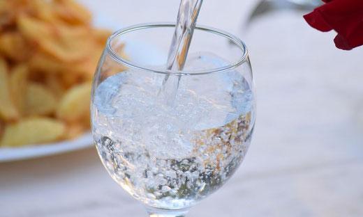Wasseraufbereitung, Enthärtungsanlagen und Entkalkung von Kern Wassertechnik in Mömbris / Trinkwasserversorgung im Land ist gesichert