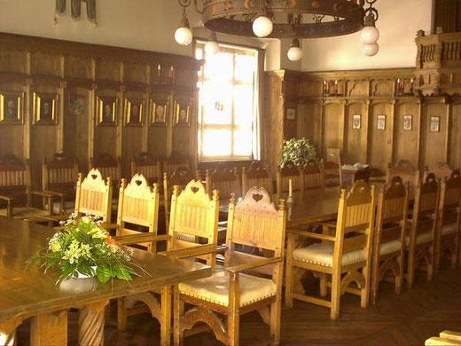 Ratssaal in Schliersee - stilvoller Rahmen für Ihre Hochzeit   /        Foto: Marktgemeinde
