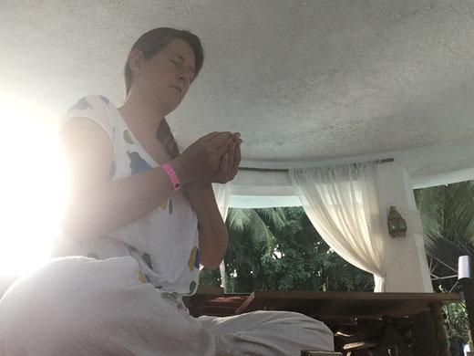 Mit Sat Nam Rasayan deine Lebensqualität verbessern. Kundalini Yoga Meditation