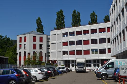 Gewerbehaus in Neuenhof