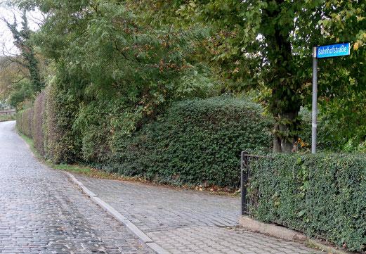 """2042 - 08. Oktober 2017 - Was man sich unter einer """"Bahnhofstrasse"""" eigentlich nicht vorstellt (Bad Kösen)"""