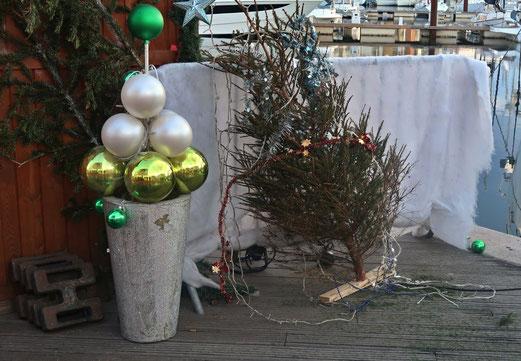 31. Dezember 2017 - Weihnacht ade! Ausgedient und weggestellt.