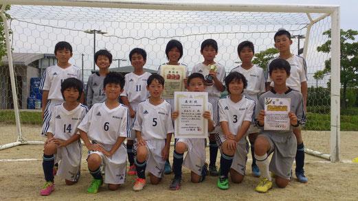 優秀選手賞 大津誉久   県大会を逃したのは残念でしたが、みんなのあの大号泣に更なる成長がある事を期待します。一緒に這い上がろう!!