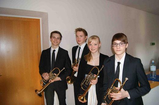"""Ensemble """"Consenza"""" der Klasse Gerald Hoffmann - Vinzenz Bussek, Thomas Wally, Matthias Rain und Birgit Trauner"""