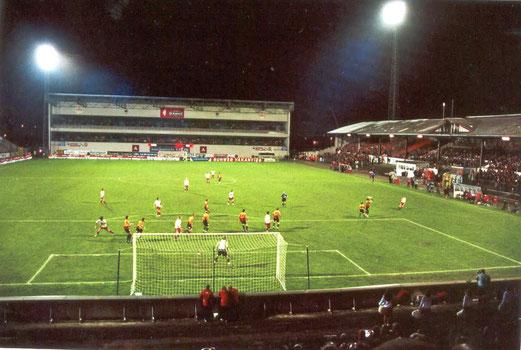 Flutlichtatmosphäre im Bosuilstadion
