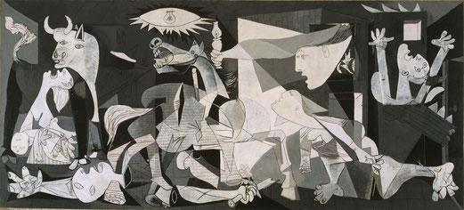 Pablo Picasso, Guernica, 1937,  Huile sur toile, 349,31 × 776,61 cm, Musée Reina Sofía, Madrid, Espagne.