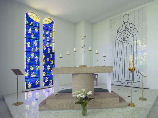 Une vue de l'intérieur de la chapelle.