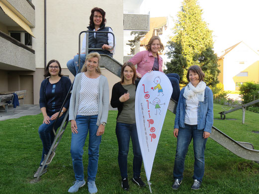 Unten von links: Elvira Stirnimann, Sandy Affeltranger, Patricia Egli, Karin Kneubühler. Oben von links:  Anita Limbacher und Silvia Muff.