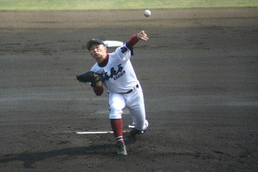 横浜創学館 1回からの攻撃は、写真をクリック!