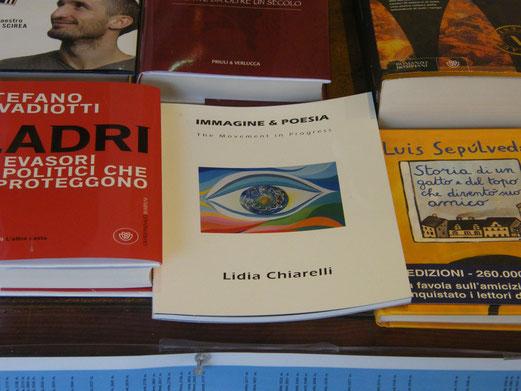 Shopwindow of Libreria Dante Alighieri, Torino