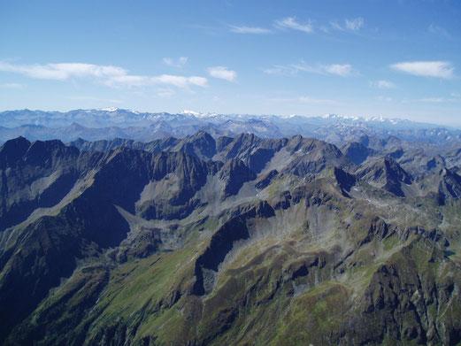 Blick vom Hochgolling Richtung Ankogelgruppe