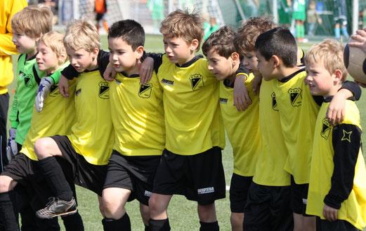 TuS F1-Jugend im Juni 2012 (Foto: p.d.).