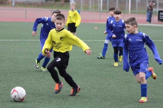 Dritter Sieg im dritten Spiel: TuS E3-Jugend beim Auswärtserfolg in Altenessen. - (Foto: p.d.).