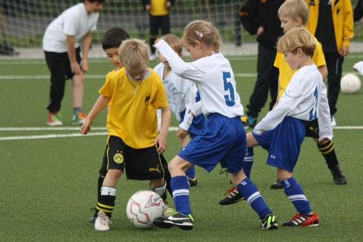 Bambini 1 Treff: TuS Holsterhausen - SV Burgaltendorf II. (Foto: p.d.).