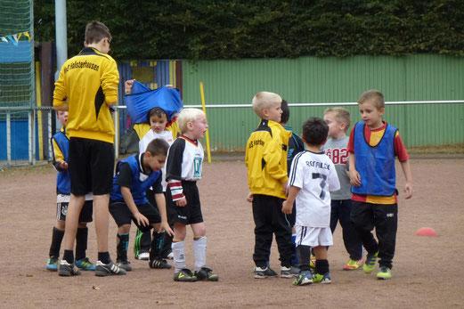 Training der Bambini 1 im September 2012 (Foto: mal).