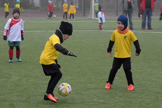 TuS Bambini 3 im Spiel gegen die G2 des ESC Rellinghausen 06. - Foto: a.s.