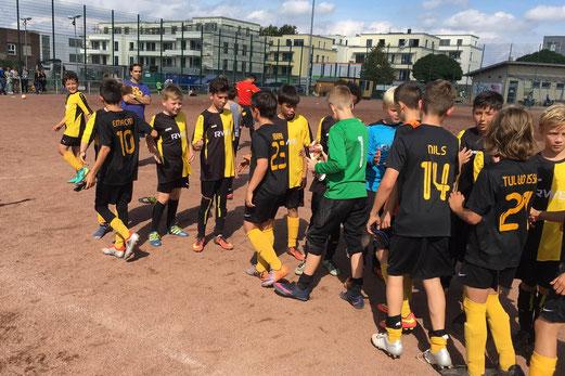 TuS D2-Jugend im Auswärtsspiel bei VfL Sportfreunde 07. - Fotos: mz
