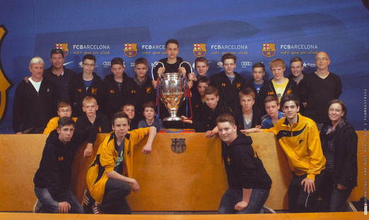 TuS C-Jugend im Camp Nou, 3. April 2013 (Foto: fcbarcelona).
